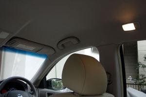 運転席側にもアシストグリップ