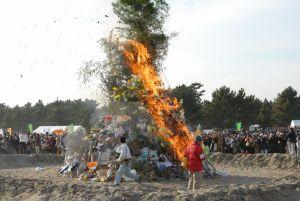 2007年第12回の「どんど焼き」