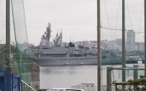 長浦港の自衛隊艦船