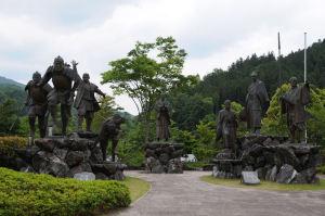8志士の群像