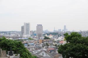 生まれた横浜市磯子区滝頭方面