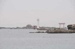 森戸海岸・裕次郎灯台