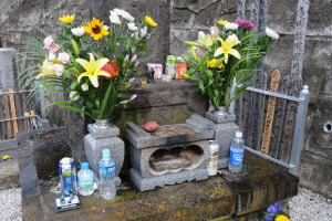 9日(土)には墓前祭が行われます