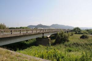 姉川に架かる「野村橋」