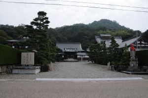 「清涼寺」正面