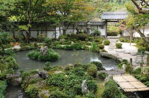 江戸時代初期延宝年間に作られたそうです