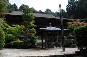 金剛輪寺の本堂、弘安11年(1288)建立
