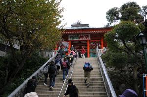 「仁王門」へ上がる石段