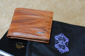 OROBIANCOの財布