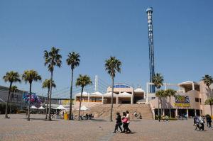 アクアミュージアム前の広場