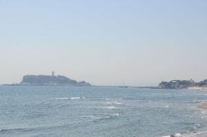 江の島が近くに見えます