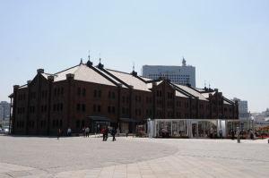 港側からの「赤レンガ倉庫」