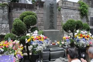 ひばりさんの墓所