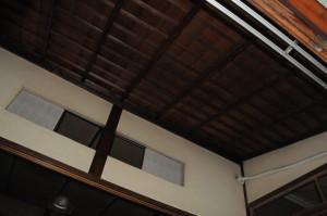 天井、化粧屋根裏