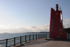 葉山港 A防波堤灯台