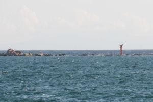 右にある「名島」