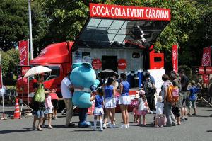 コカコーライベントカー