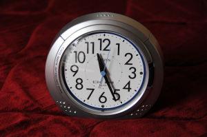 目覚まし電波時計
