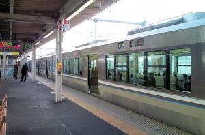山陽本線加古川駅