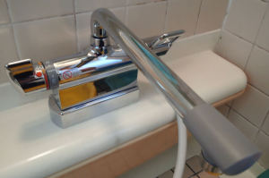 浴室水栓金具交換
