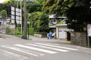 鎌倉からの朝夷奈切通し入口