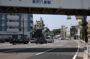 金沢八景駅東口周辺