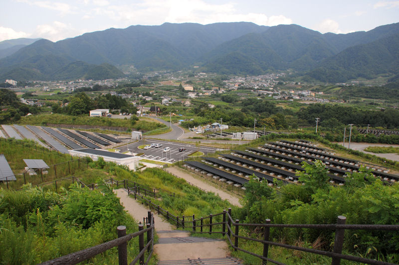 米倉山は標高380m