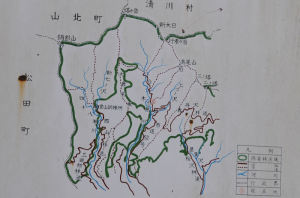案内図の中央丸印が現在地