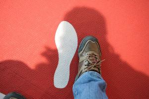 足のサイズは何と31センチ