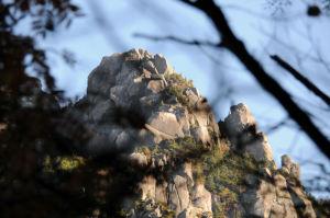 瑞牆山が大きく見えてきました