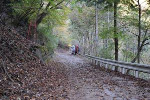 塩水林道を登って行きます