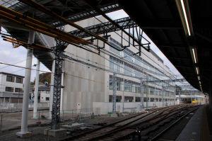 京急金沢文庫駅の建物
