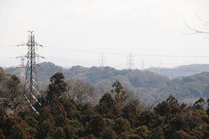 三浦半島へ延びる送電線