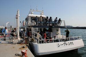 8日横浜初入港の大型客船