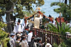 琵琶島神社に到着