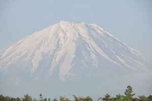 やさしい姿の富士山
