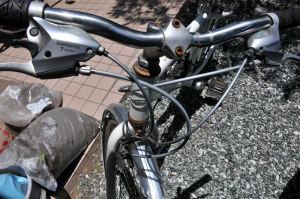 クロスバイク修理完了