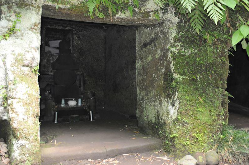 源 実朝の墓