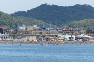 鎌倉海浜公園からの由比ヶ浜