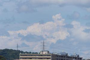 北西方向には積乱雲でしょうか