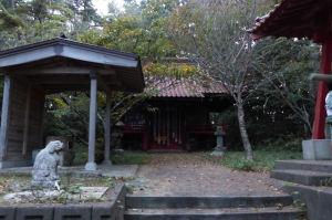 「尾崎神社」