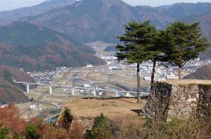 円山川と北近畿豊岡自動車道