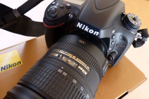 レンズは28-300mm