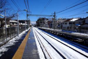 京急六浦駅の上り線ホーム