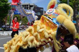 横浜華僑総会の獅子舞
