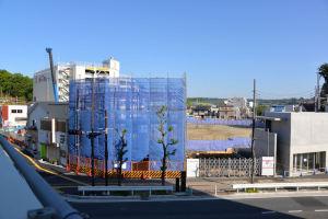 ビルや住宅建設が始まりました