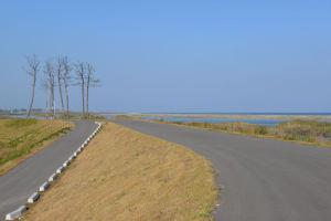 堤防から北側、塩竈の方向