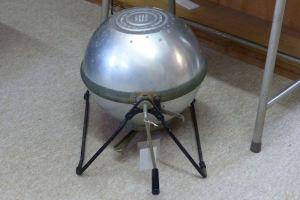 宇宙船のような形は洗濯機