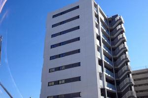 区役所前のマンション完成