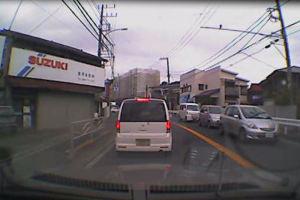 16号富岡駅入口交差点で交通事故